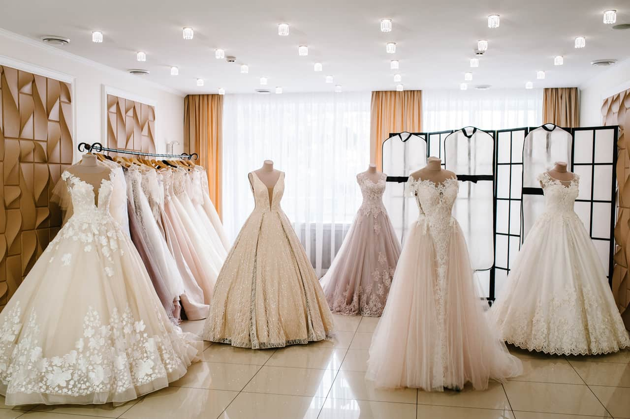 Brautmoden Dresden - wünderschöne Brautkleider für Ihren schönsten Tag in unserem Verkaufsraum.